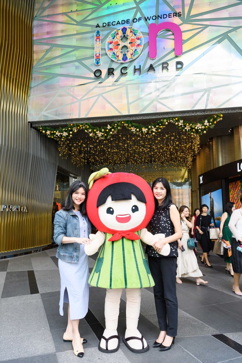 Girls orchard road Girls of